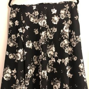 Very hard to find Agnes and Dora Midi Skirt